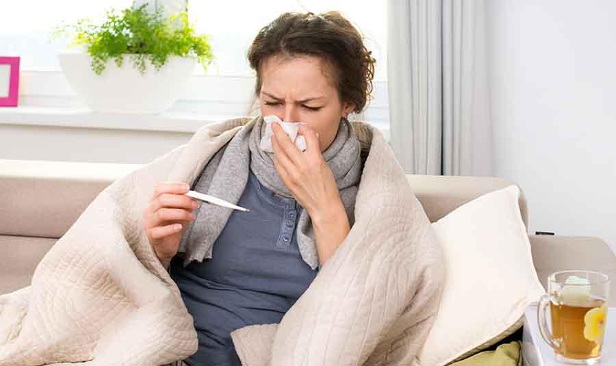 Fiévre et prise de température chez un malade.